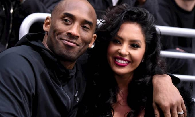 Vanessa Laine Bryant and Her Husband Kobe Bryant Photo